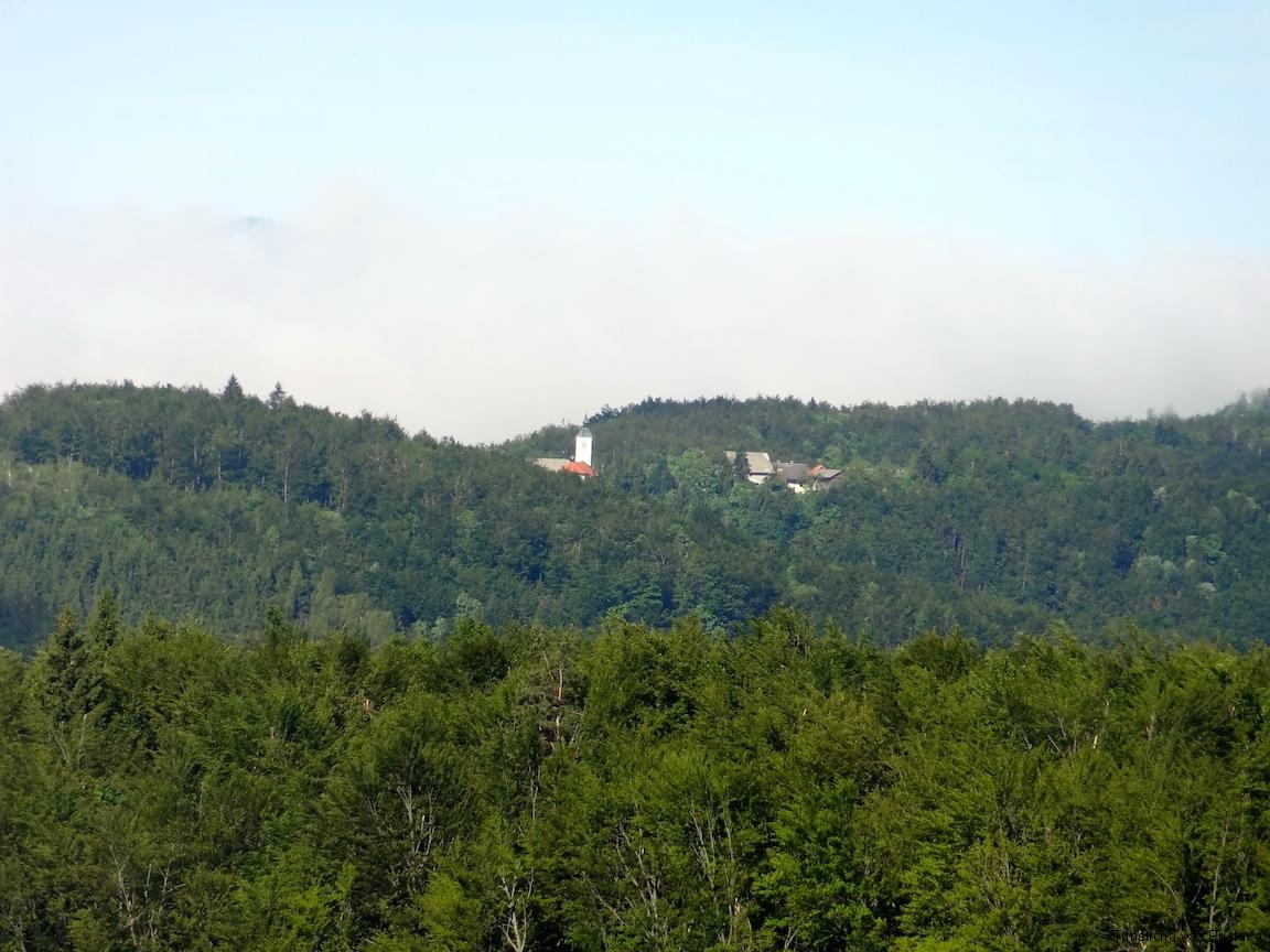 Pogled na cerkev sv. Jurij