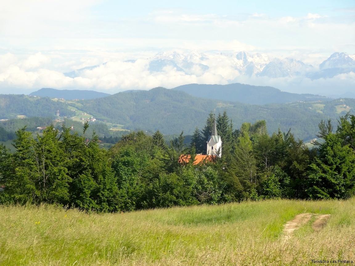 Pogled na cerkev sv. Lamberta
