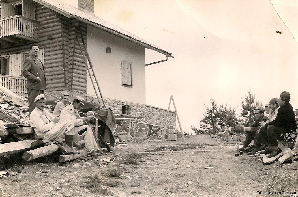 Gradnja partizanskega doma