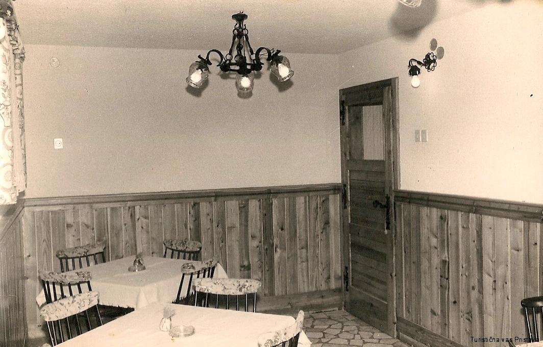Notranjost partizanskega doma