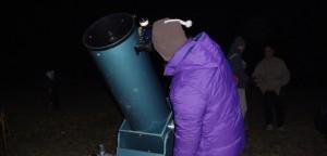 spikino-srecanje-astronomov-opazovanje-teleskop