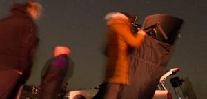 srecanje-astronomov-opazovanje-teleskop
